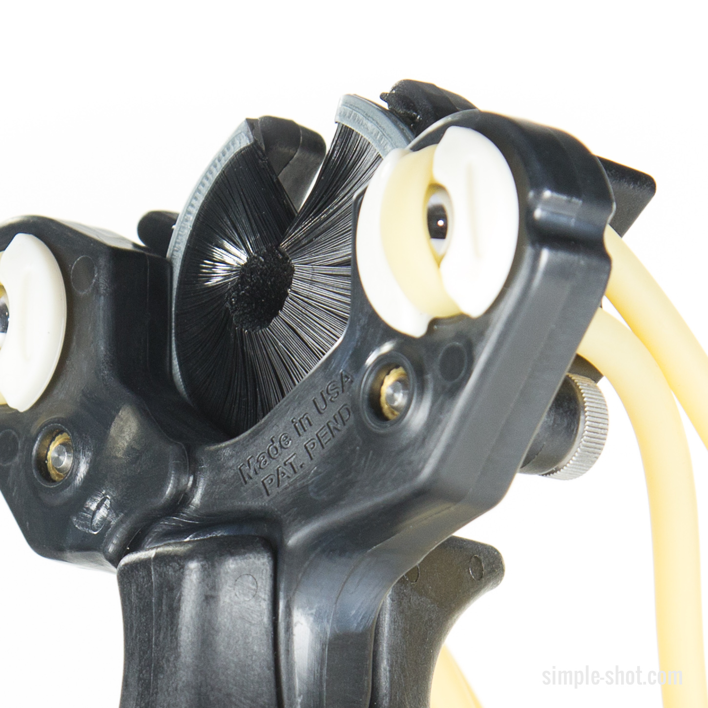 The Hammer Slingbow head closeup in black with double bands