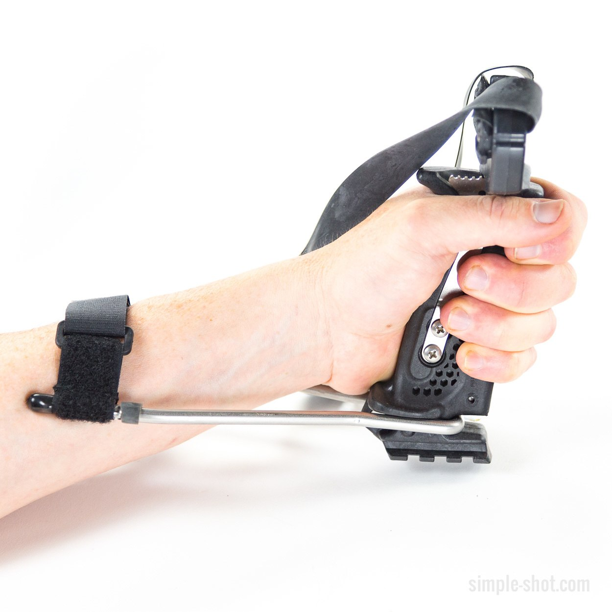 Powerful grip for hunting with slingshots! The Wrist brace and hammer grip mean power!